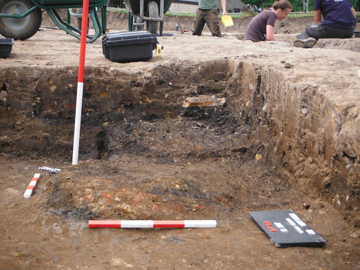 The pit feature: 23N, before excavation